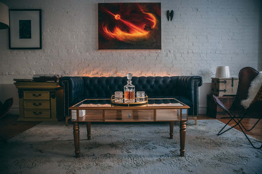 dark-style-room-with-artwork.jpg#asset:31467