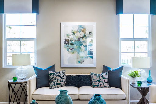 neutral-coloured-room-with-artwork.jpg#asset:31468